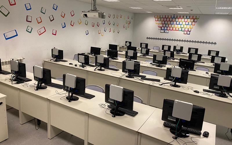Aula de Informática de Secundaria del Colegio Malvar