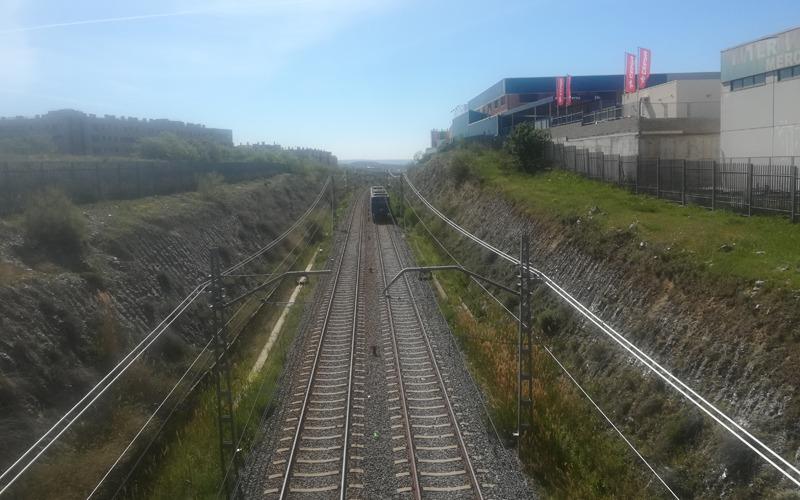 Metro renovará la catenaria de la línea 9B de Arganda y Rivas e incorporará el control de aforo