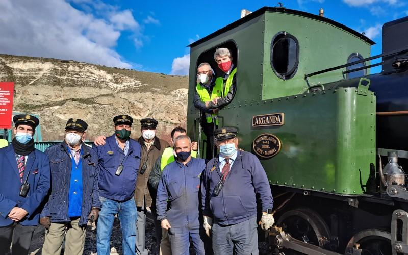 Guillermo Hita y Ángel Garrido, en el Tren de Arganda junto a miembros de la Asociación Vapor Madrid