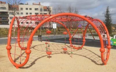 El Ayuntamiento de Arganda acomete la renovación y mejora de los juegos infantiles