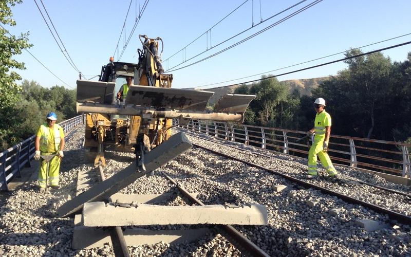 Obras en el viaducto ferroviario del Jarama (Fuente: Diario de Rivas)
