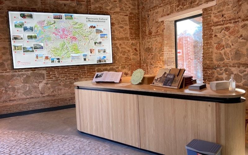 Así ha quedado la 'caseta del guarda' de la Azucarera, en La Poveda, reformada y convertida en punto de información histórica y medioambiental