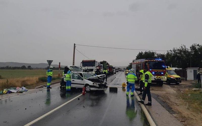 Imagen del accidente en el que ha resultado herida una mujer de 67 años (foto: Emergencias 112)