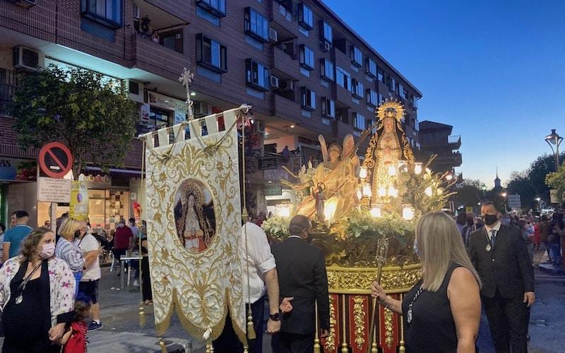 Traslado procesional de la imagen de Nuestra Señora de la Soledad, este sábado