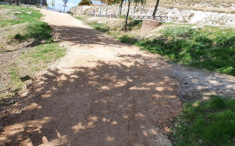 El Ayuntamiento de Arganda acondiciona el acceso al colegio Miguel Hernández