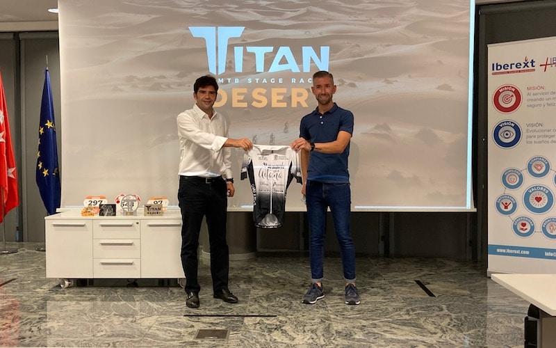 Damián Aragón regresa a la Titan Desert 2021: un reto solidario para visibilizar el síndrome de Angelman